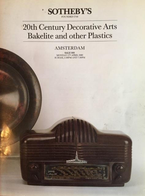 Een zoektocht naar het verleden: veel literatuur over bakeliet   473 x 639 jpeg 70kB